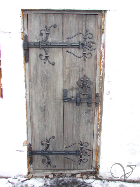 The door to the blacksmith workshop. Last variant.