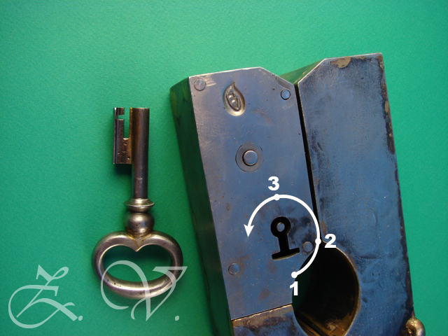 Padlock  with trick.The trajectory of the key.